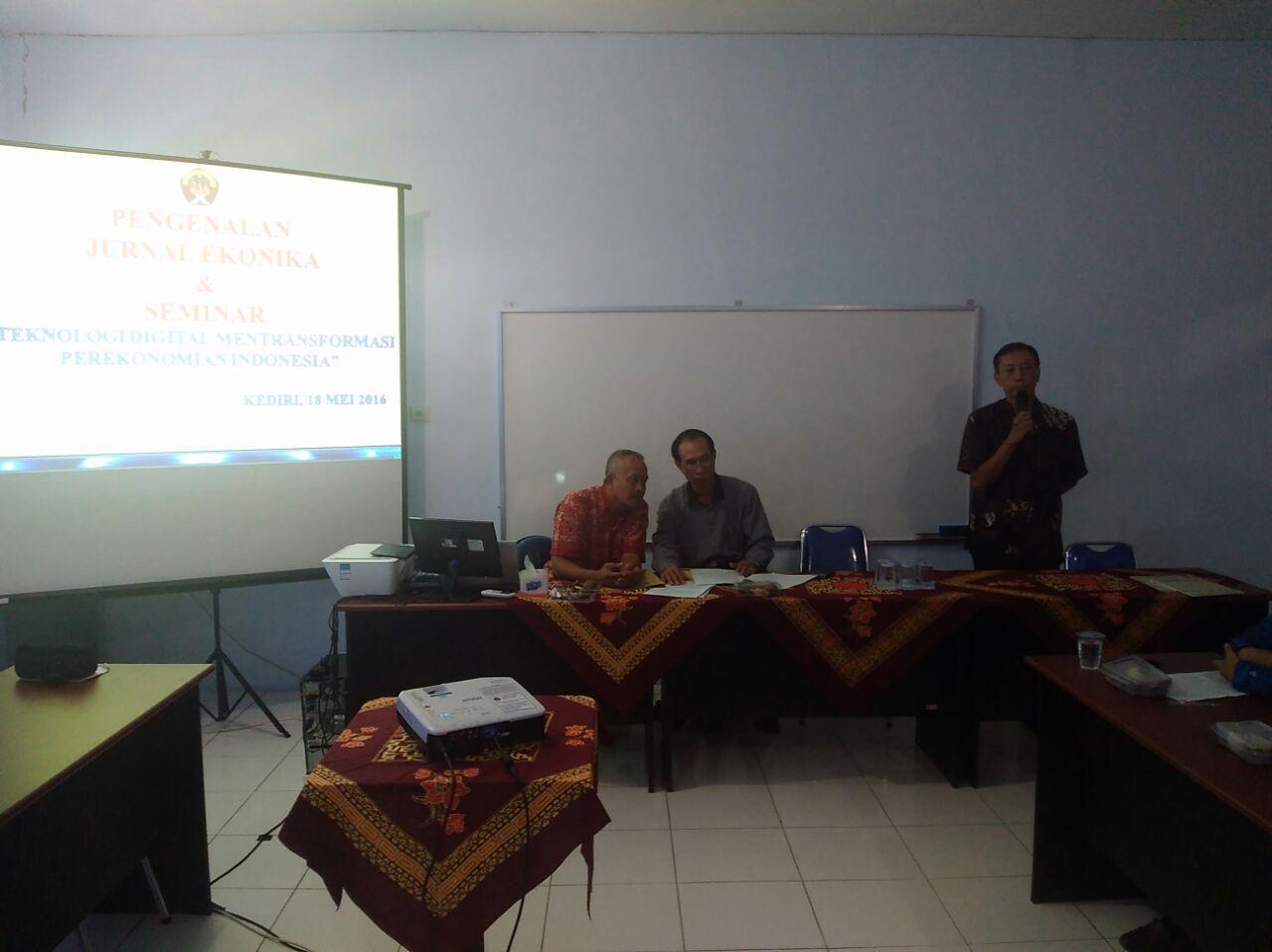 Launching Jurnal Ekonika Oleh Bapak Rektor